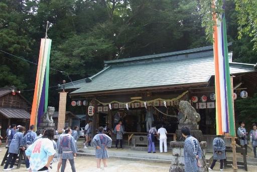 八坂神社拝殿
