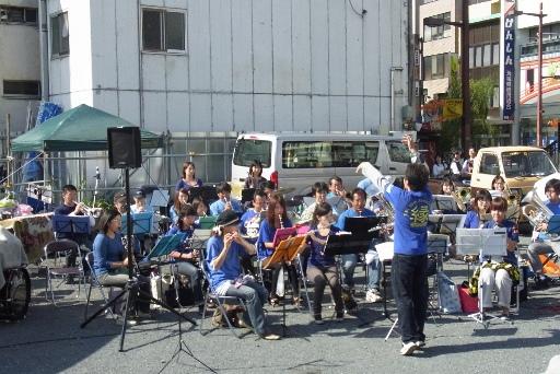 水戸シンフォニックアンサンブルバンドの演奏
