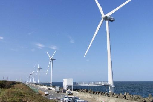 国内初の外海型風力発電