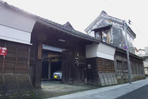 長屋門・文庫蔵
