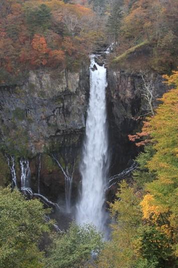 展望台からの華厳滝