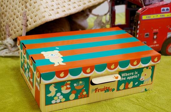 可愛い平べったい箱を見つけたので
