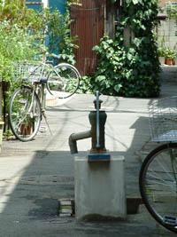 東京都品川区 法禅寺近所の井戸①2012_0804