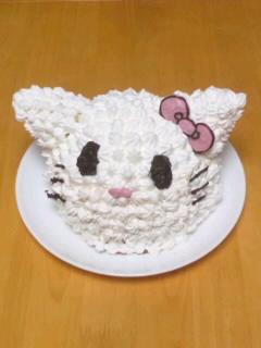 キティ立体ケーキ