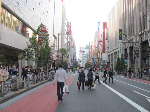 新宿歩行者天国