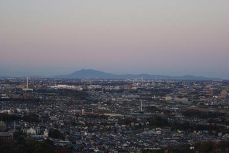 市川アイリンクタワーから筑波山