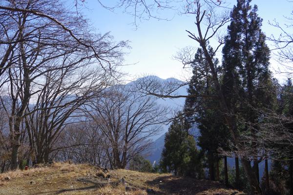六ッ石山22