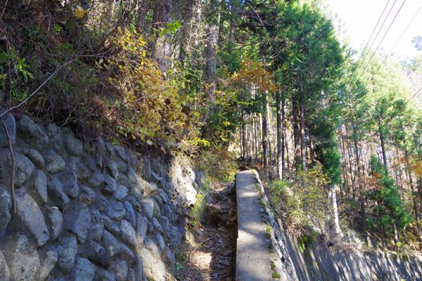 六ッ石山27