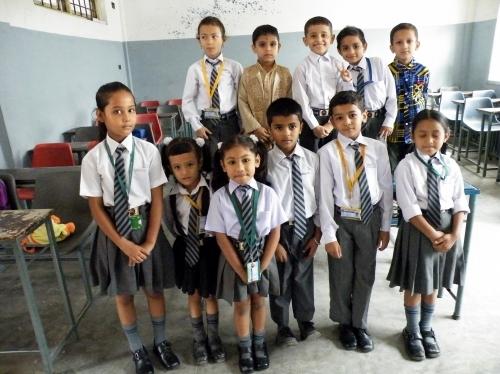 ネパール 小学校