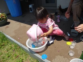 2010 06 05 しゃぼん玉 tibi05