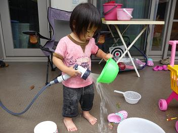 2010 06 21 水遊び三昧 tibi03