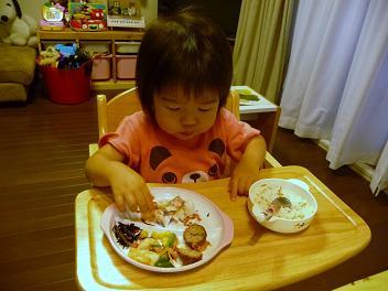 2010 06 15 モモお手伝い tibi06
