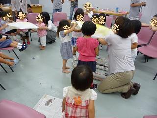 2010 09 16 絵本大好きクラブ tibi02