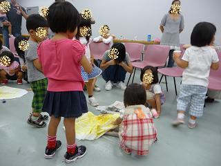 2010 09 16 絵本大好きクラブ tibi03