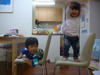 2010 09 29 遊ぶふたり tibi02