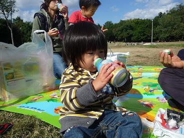 2010 11 03 久宝寺緑地 tibi06