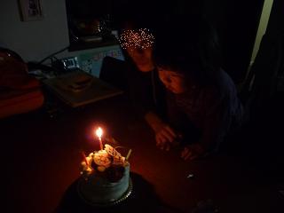 2010 11 27 ケーキでお祝い tibi02