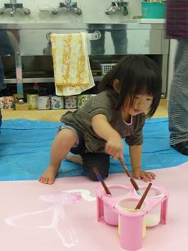 2011 02 16 バンビ組と絵の具 tibi10