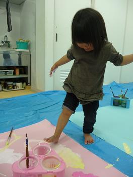 2011 02 16 バンビ組と絵の具 tibi15