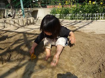 2011 02 23 泥遊び tibi05