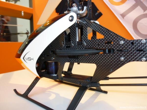 msh-protos-450-elicottero-radiocomandato-elettrico-monocinghia-3.jpg