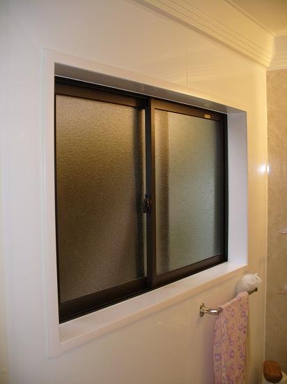 12-05-18 M邸施工後:窓廻り (1)