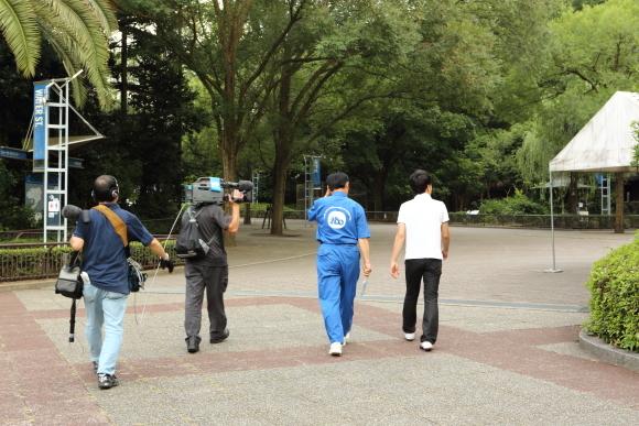 おはよう四国に夜のとべ動物園が登場
