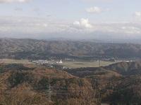 頂上から小国町の眺望