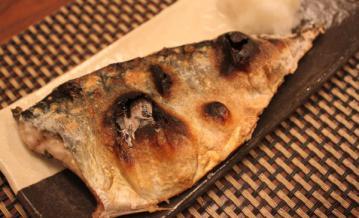 サバ塩焼き