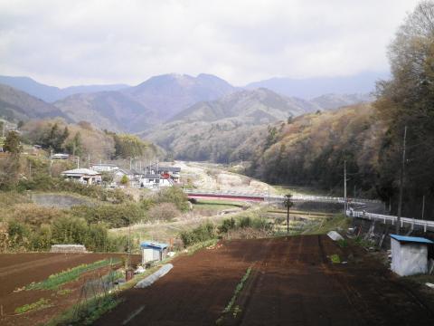 甘柿橋を望む32