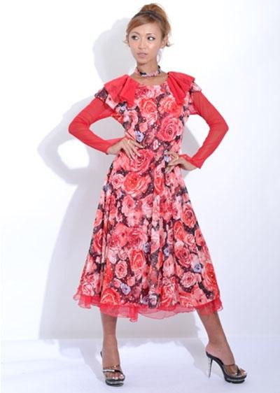 フラワープリント×オーガンジードレス