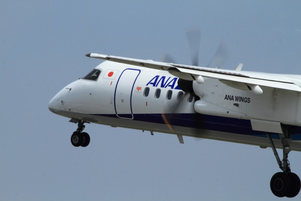 EH DHC-8-402Q JA847A RJOM 140728 02
