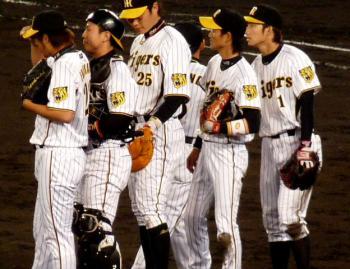 絵日記11・8広島勝ち2