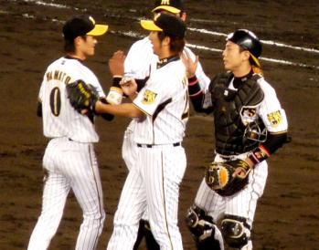 絵日記11・8広島勝ち1
