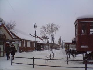 雪の河口湖駅