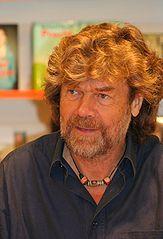 163px-Reinhold_Messner_in_Koeln_2009.jpg