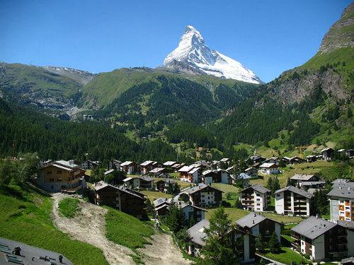 640px-3804_-_Winkelmatten_-_Matterhorn_viewed_from_Gornergratbahn.jpg