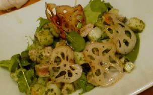 マグロと長芋のサラダ バジルソース