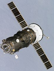 182px-ISS_Progress_cargo_spacecraft.jpg