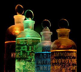 270px-Chemicals_in_flasks.jpg