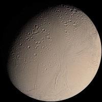 600px-Enceladus_from_Voyager.jpg