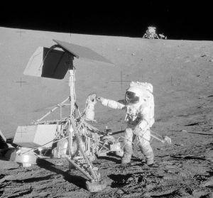 Apollo12_surveyor3.jpg