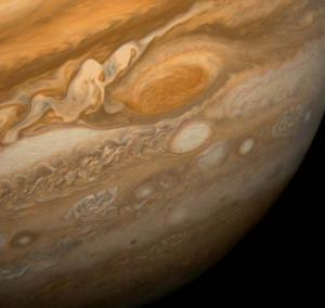 Great_Red_Spot_From_Voyager_1.jpg