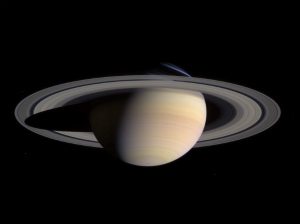 Saturn-cassini-March-27-2004_20120715014235.jpg