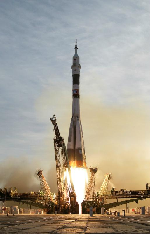 Soyuz_TMA-5_launch.jpg