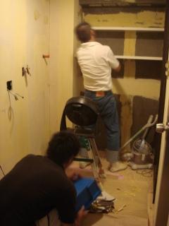 洗面室内装工事