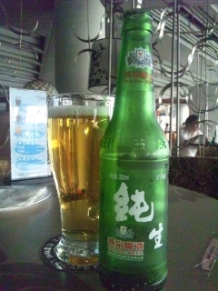220110823 ブログ用 北京空港 カフェテリア