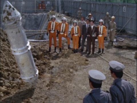 工事現場から発掘されたカプセル