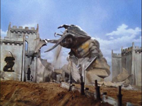 バラージの街を破壊するアントラー