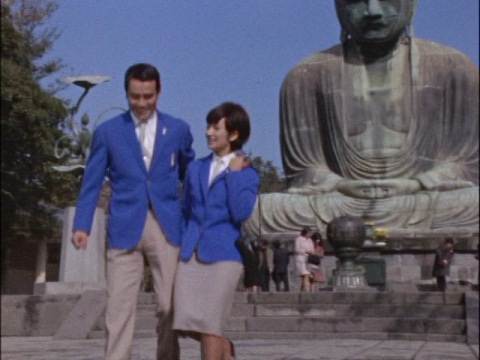鎌倉を訪れていたハヤタ・パティ両隊員